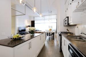 kitchendiningliving